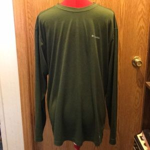 Columbia xl mens green long sleeved t shirt